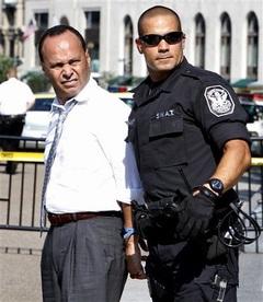 congressman-luis-gutierrez-arrested.jpg