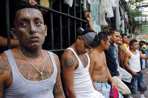 1029-OTRUCE-El_Salvador_Gang_TRUCE_full_600