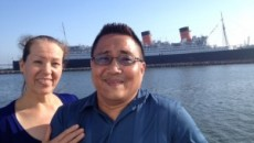 Alicia Martínez and Rey Sahawi enjoy their time together at a cruise in Long Beach, Calif. (Photo: Vanessa Sahawi/ El Nuevo Sol)