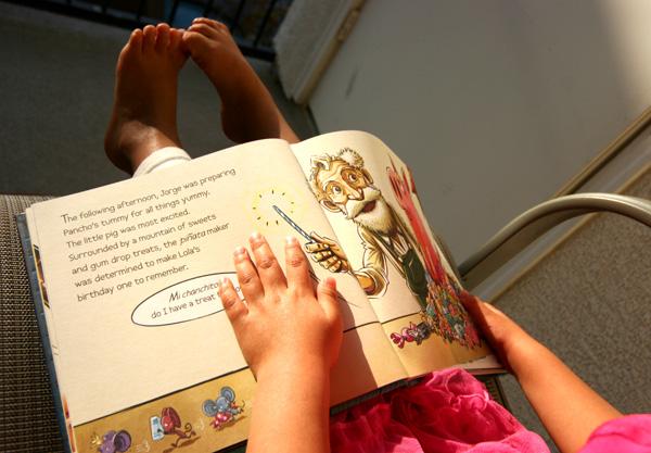 childrens_picture_book_page_pinata