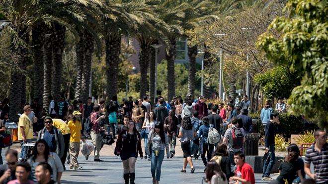 college-campus-students