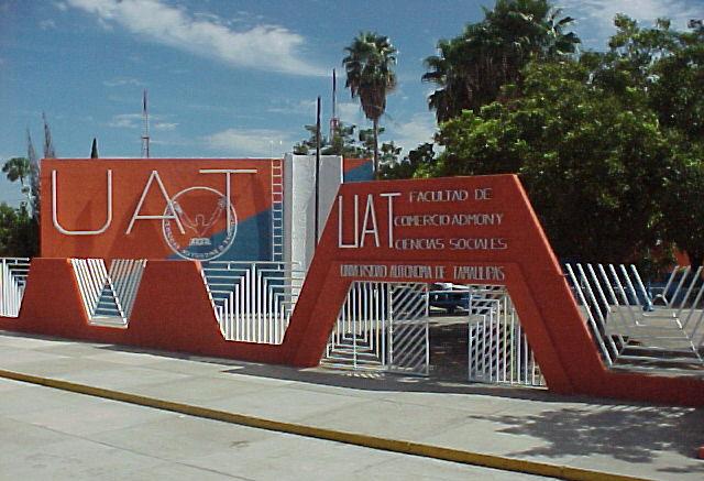 Universidad_Autonoma_de_Tamaulipas_Nuevo_Laredo