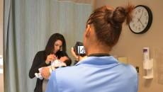 Biovideo_V-4-FilmingmomandbabyH