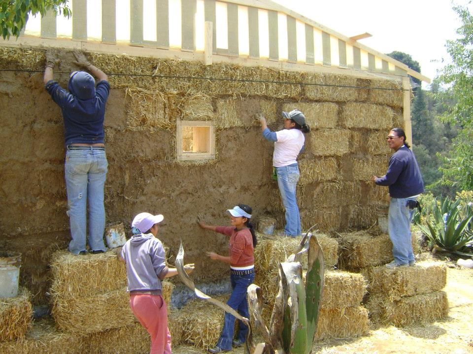 Tucson Indigenous Adobe Initiative Teaching The Past To
